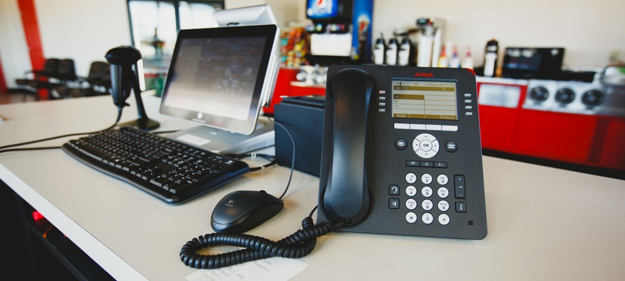 Why Your Business Should Be Using a Custom Phone System