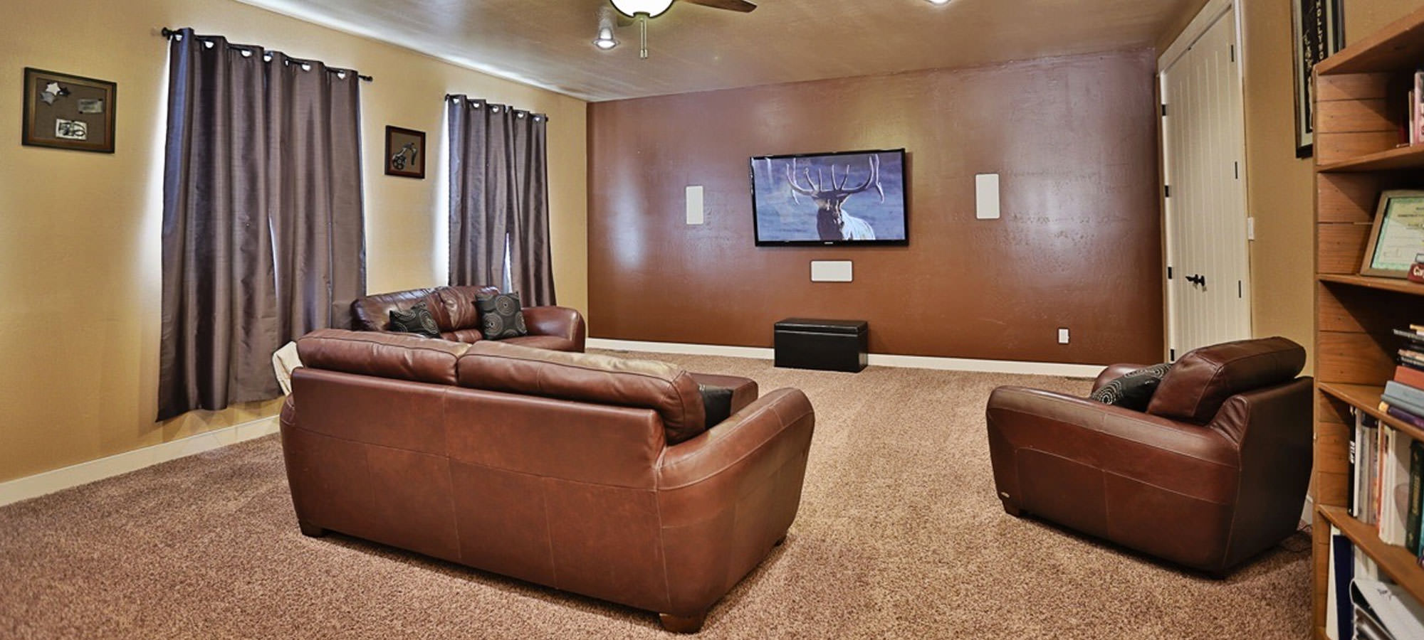 Bring the Theater Experience Into Your Home With Professionally Designed Furniture